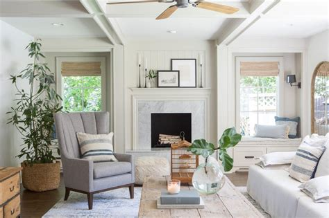 photos hgtv 39 s fixer upper with chip and joanna gaines hgtv