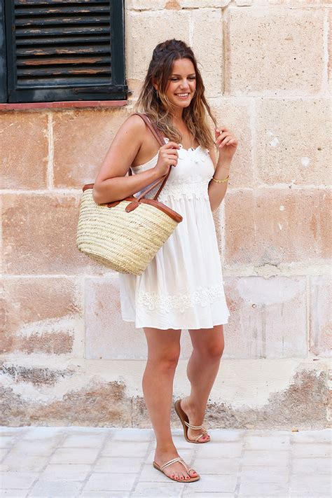 Simple White Dress Outfit For Summer - How To Style It