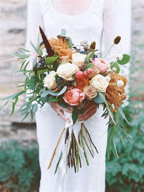 prettiest fall wedding bouquets  brides