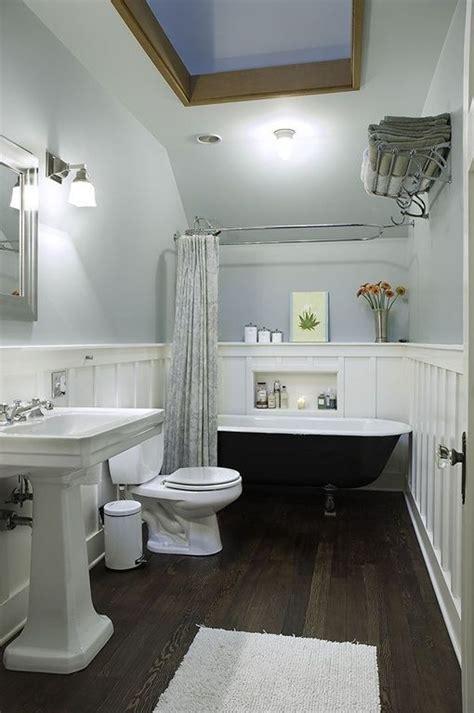 traditional full bathroom  wall sconce clawfoot