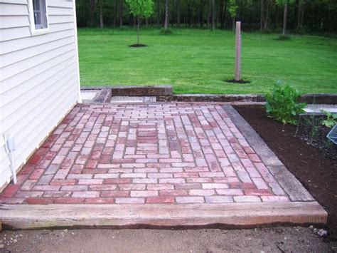 brick patios designs 17 best ideas about small brick patio on pinterest small