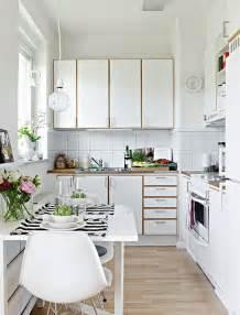 small square kitchen design ideas small apartment kitchen design