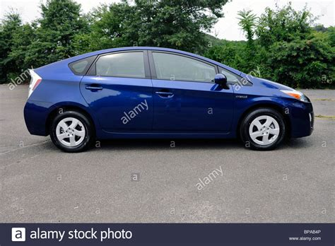 new 2010 toyota prius hybrid car in blue ribbon metallic color stock 30961078 alamy