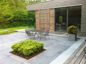 Le De Terrasse Exterieur by Am 233 Nagement Terrasse En Pierre Bois Briques Ou B 233 Ton