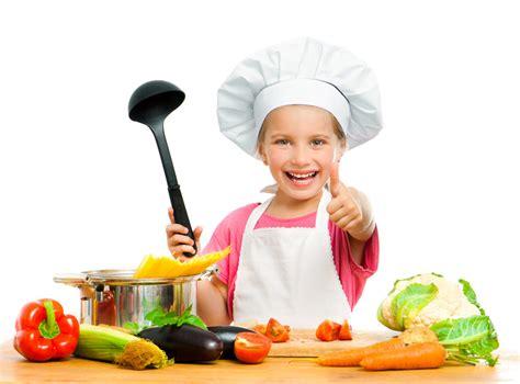les enfants en cuisine enfants et parents en cuisineoreille culinaire fr