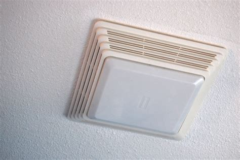 Bathroom Light Cover by Cleaning Your Bathroom Fan With A Light Diy Project Aholic
