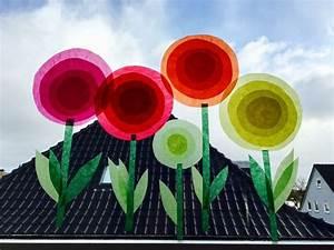 Blumen Basteln Fensterdeko : die besten 17 ideen zu blumen basteln auf pinterest blumen aus krepppapier papier ~ Markanthonyermac.com Haus und Dekorationen
