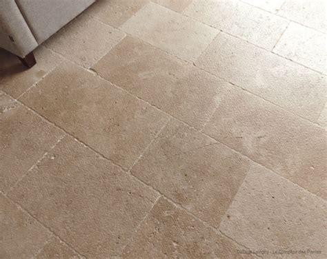 dallage en naturelle de bourgogne lavigny le comptoir des pierres