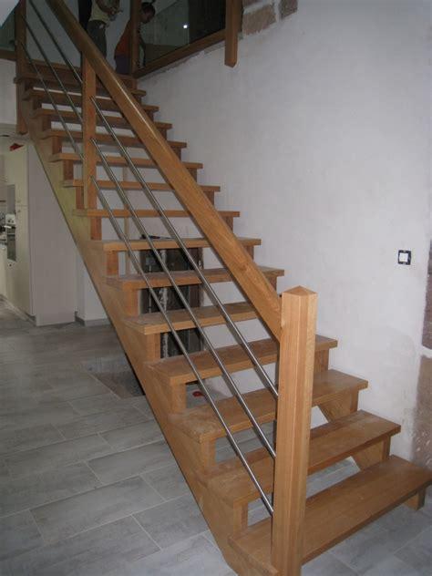 vernis escalier bois myqto