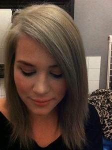 Haare Blau Färben Ohne Blondieren : it 39 s lila und ich f rbe mir die haare um das graue abzudecken ~ Frokenaadalensverden.com Haus und Dekorationen