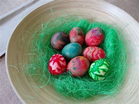 boiling eggs for easter decorating easter craft idea 3 ways to decorate boiled eggs be a