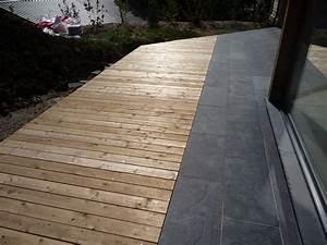 terrasse en pierres naturelles ardoise et bois meleze With terrasse en pierres naturelles