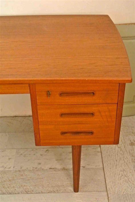 bureau de style slavia vintage mobilier vintage bureau de style