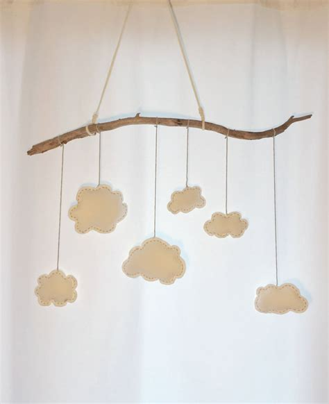 Kinderzimmer Deko Wolken by Mobile Mit Wolken Aus Filz Kinderzimmer