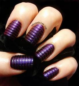 Top mysterious dark purple nails