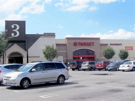 l store springfield va locals cautiously optimistic about 200 million