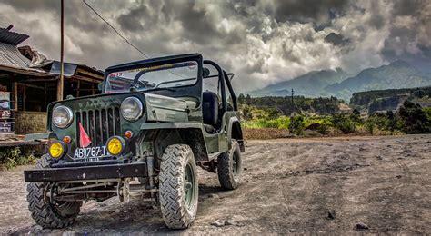 jeep sewa jeep bromo    jeep bromo jeep