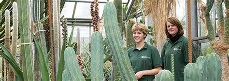 Botanischer Garten Kiel Braun by Uni Kiel Beste G 228 Rtnerinnen Im Botanischen Garten