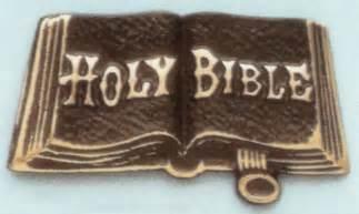 Résultat d'images pour HOLY BIBLE  PHOTOS