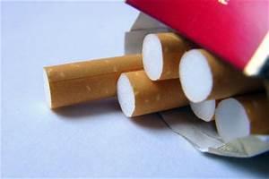 Rauchgeruch Entfernen Wohnung Schnell : tipps gegen rauchgeruch so wird ihr zuhause schnell wieder frisch ~ Watch28wear.com Haus und Dekorationen