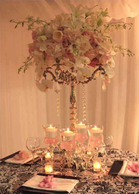 chandelier wedding centrepieces best 25 chandelier centerpiece ideas on