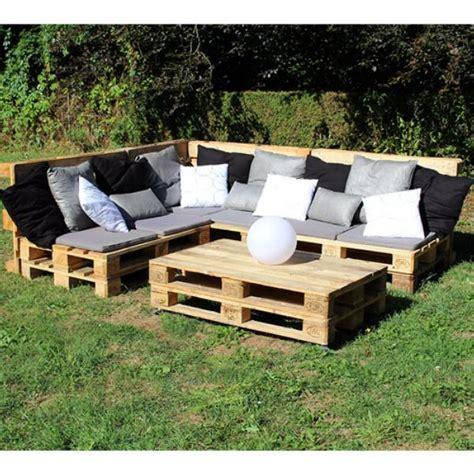 canapé avec des palettes canape avec palette bois maison design sphena com
