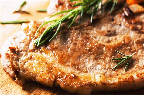 cuisiner cotes de porc comment cuisiner sa côte de porc échine