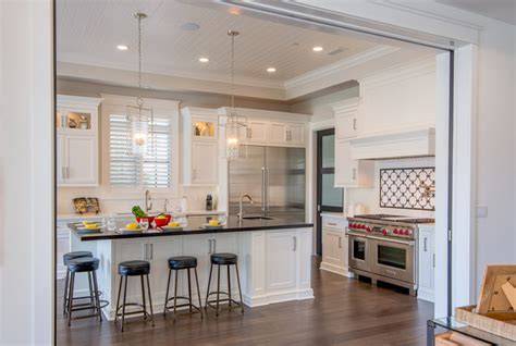 kitchens with large islands brentwood traditional 4 traditional kitchen los 6634