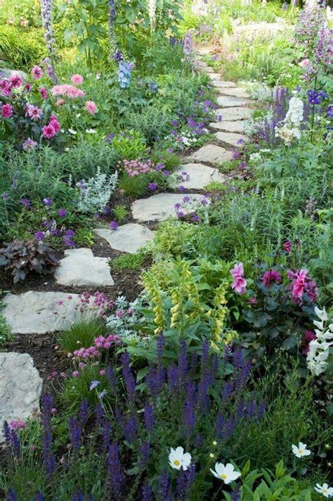 Cottage Garden Design by 15 Beautiful Small Cottage Garden Design Ideas For