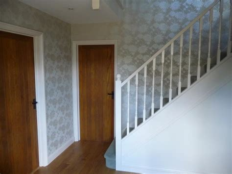 Decorating Ideas For Stairs And Landing by Wallpaper Ideas For Stairs And Landing Gallery