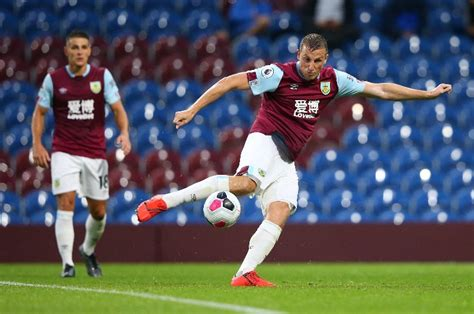 Fulham vs Burnley Predictions, Betting Tips, Preview & Odds