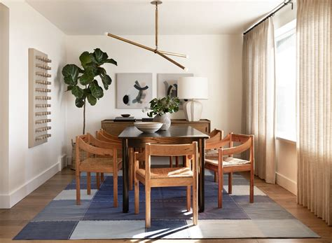 Use these wall decorating ideas throughout your home to keep yourself visually engaged in your space every day and to take visitors on a compelling journey through your interests, loves and experiences. Home Decor Trends 2020 Spotlight: Formal Dining Rooms - Albritton Interiors