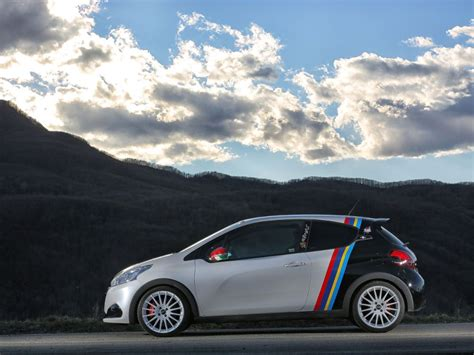 Peugeot 208 Gti  Nine Special Edition With Oz Racing