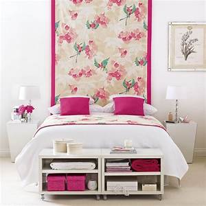 Pink and white bedroom decorating ideas wall hanging
