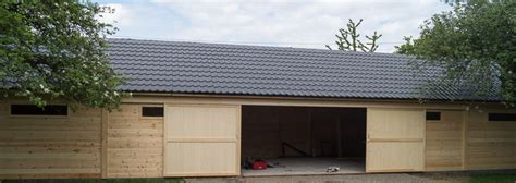 toiture de hangar portfolio garage en bois abri voiture tondeuse decochalet