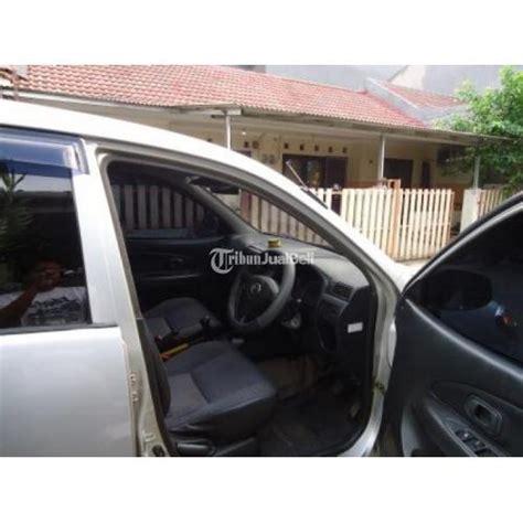 plat kopling mobil xenia daihatsu xenia li 1000 cc 2005 warna silver manual siap