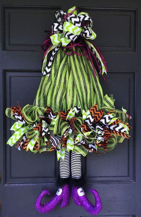 witch hat  legs wreath tutorial halloween