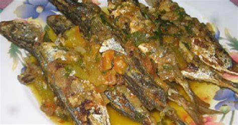 Wokeh kembali ke resep homemade pangsit goreng kali ini. Resep Ikan Kembung Goreng Garing Pedas Sambal Hijau ...