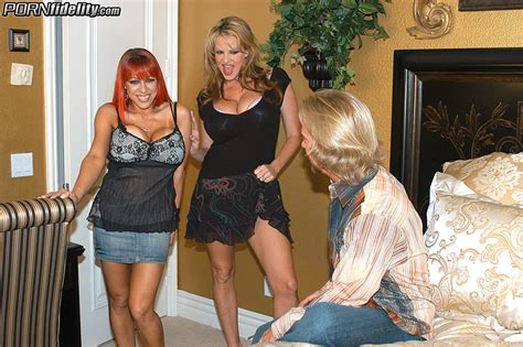 Kelly Madison And Whitney Wonders The Couple Plays Together