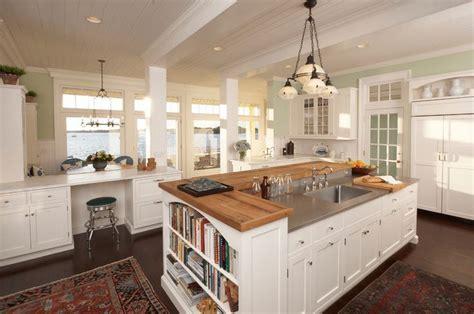 25  best ideas about Kitchen center island on Pinterest