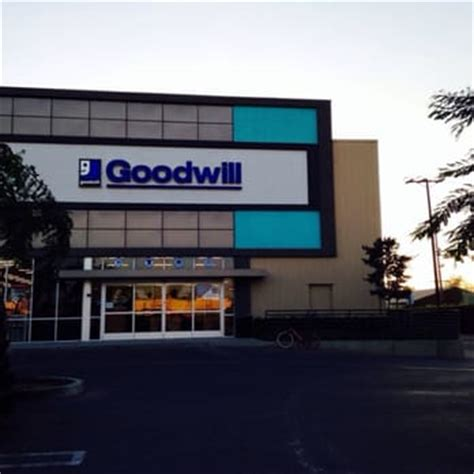 Goodwill Gardena Ca by Goodwill Store Donation Center 38 Photos 29 Reviews