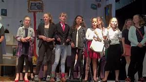 Eind-musical 2017  U0026 39 Het Dak Eraf U0026 39