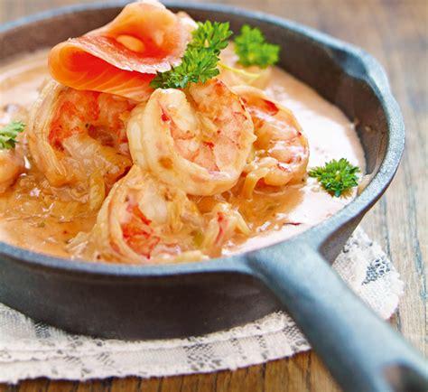 cuisiner la langouste cuisiner langouste homard vs langouste le comparatif
