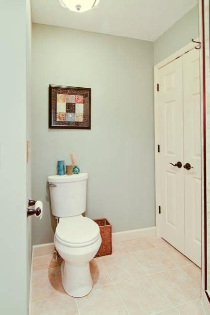 another pinner says quot we selected a pale sea colored paint for the walls sherwin williams
