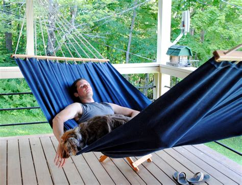 How To Make A Hammock With A Sheet by Roundup 9 Diy Hammock Projects To Help You Enjoy Your
