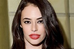 A Reveal of Chloe Bridges Age, Ethnicity and How She Met ...