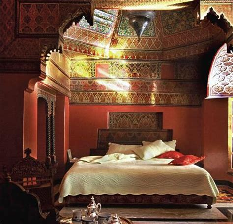 Bedroom Decorating Ideas Moroccan Theme by 40 Moroccan Themed Bedroom Decorating Ideas Decoholic
