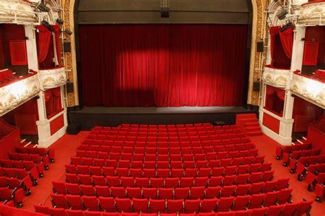 theatre de salle rejane th 233 226 tre de 224 programmation et r 233 servation