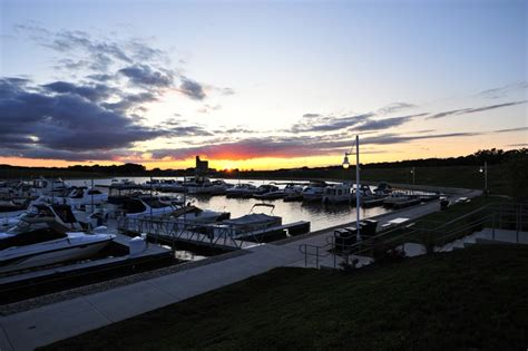 Boat Rental Ottawa Il by Quest Locations Directions