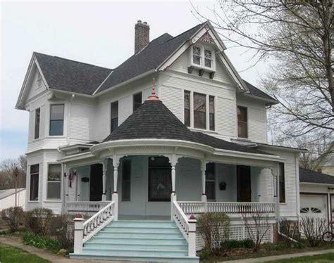 wrap around front porch enclosed farmhouse front porch bistrodre porch and landscape ideas